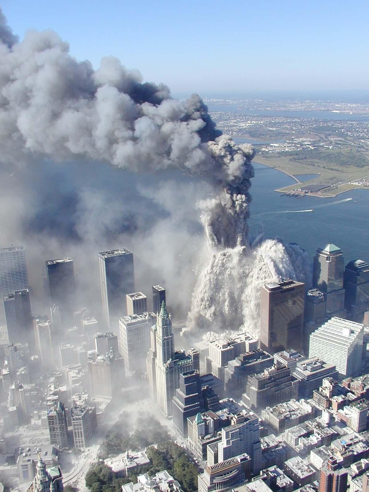 Tangible Information: Leuren Moret MOLECULAR WEAPON at 911 WTC 9 Photos