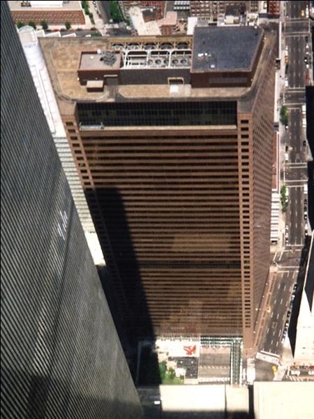 [Image: WTC7TopfromWTC2.jpg]